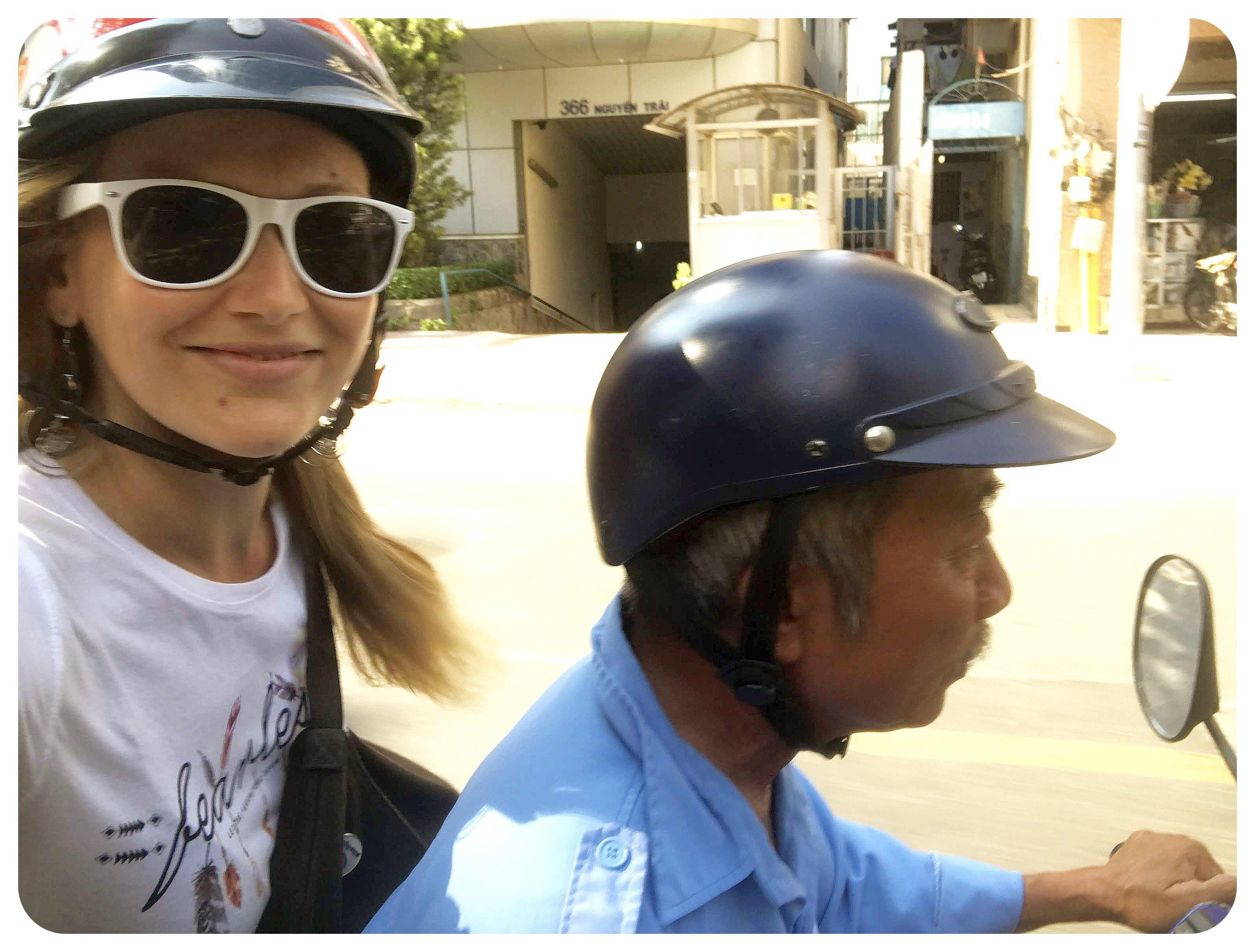 vietnam moto taxi
