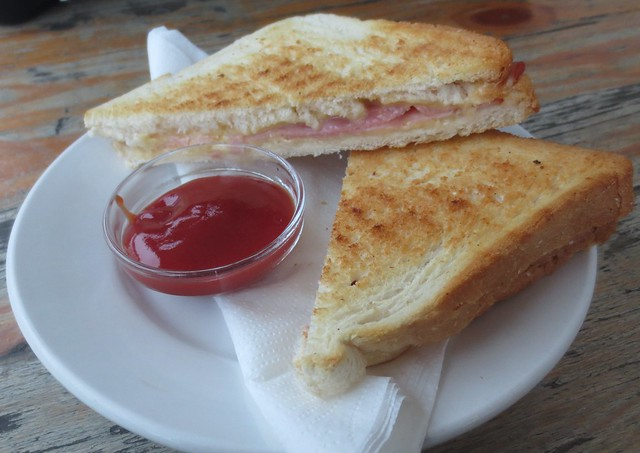 winkels_ham_cheese_toasty