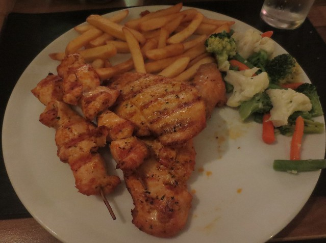 number_one_cafe_chicken