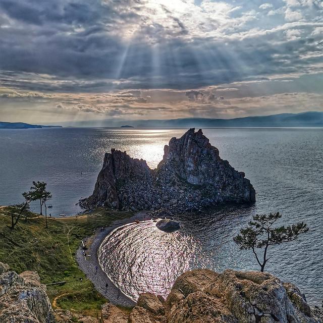 Shaman Rock - clouds