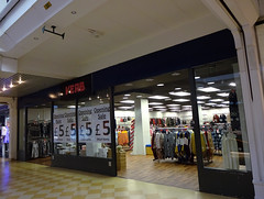 Picture of Verb, 31-32 Whitgift Centre