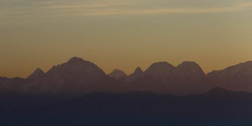 dawn top world highest summit sunrise over himalayas himalaya himalayan mountain range nagarkot nepal mount everest furthest peak middle shot 140 km away