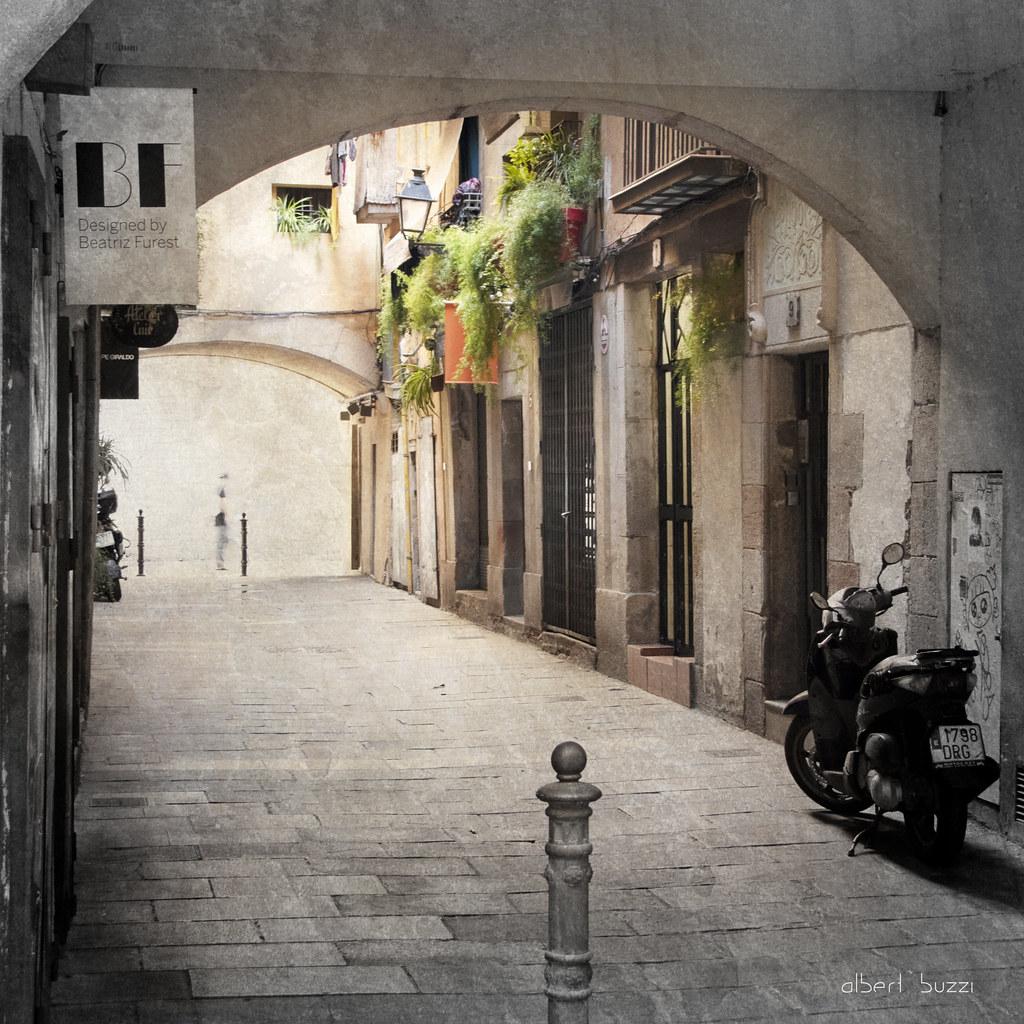 bBcn053:  Barcelona - Ciutat Vella - Sant Pere, Santa Caterina i La Ribera