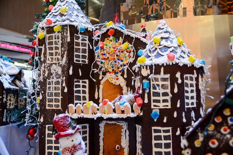 Promenade Gingerbread Display