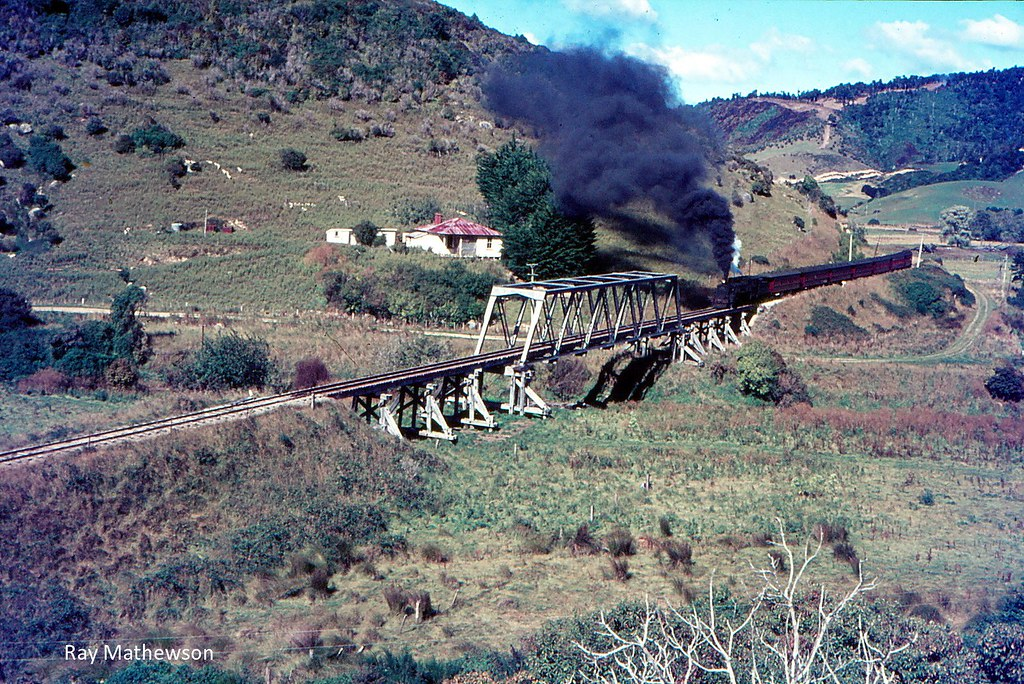 RM Southbound for Tahakopa Easter 1967