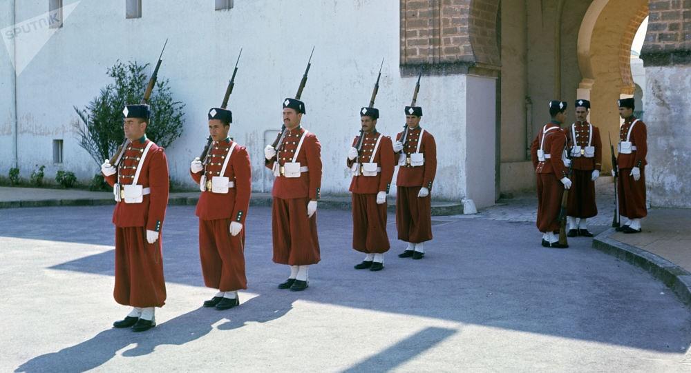 La Garde Royale Marocaine / Moroccan Royal Guard - Page 11 49307824443_6bca00a854_b