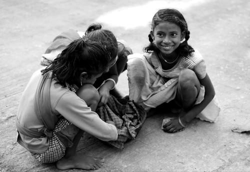 kids play gamr game friends girl smile black bw india children street happy