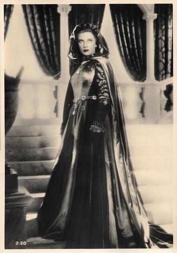 Isa Pola in Lucrezia Borgia (1940)