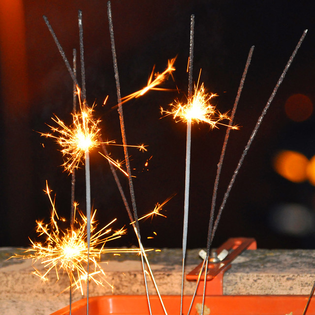 Silvester mit Sternspritzern und Wunderkerzen ... Foto: Brigitte Stolle