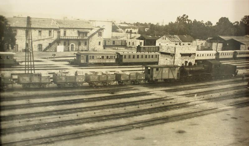 Haifa-East-RW-station-1940s-hri-1