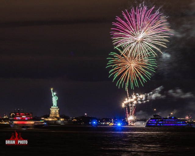 2019 Statue Of Liberty New Years Eve Fireworks (18 of 30)