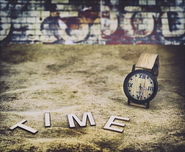 The Flickr Lounge: Clock OrTime