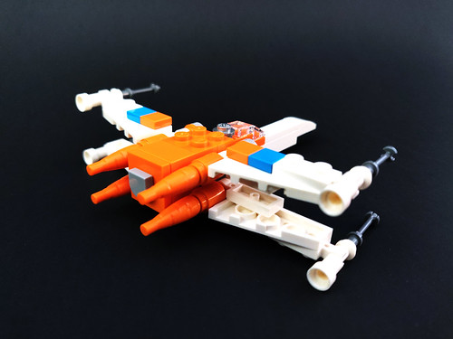 LEGO Star Wars Poe Dameron's X-wing Fighter (30386)