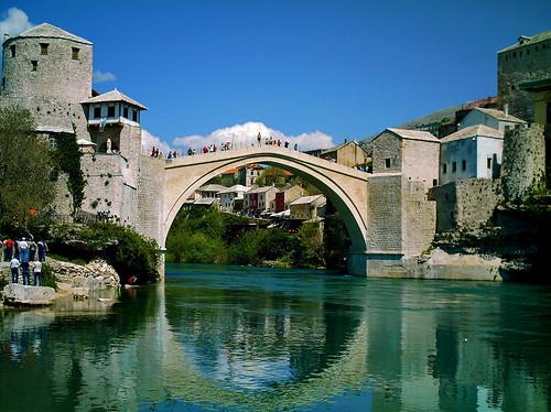 Old Bridge - The full circle - Mostar, Bosnia and Herzegovina