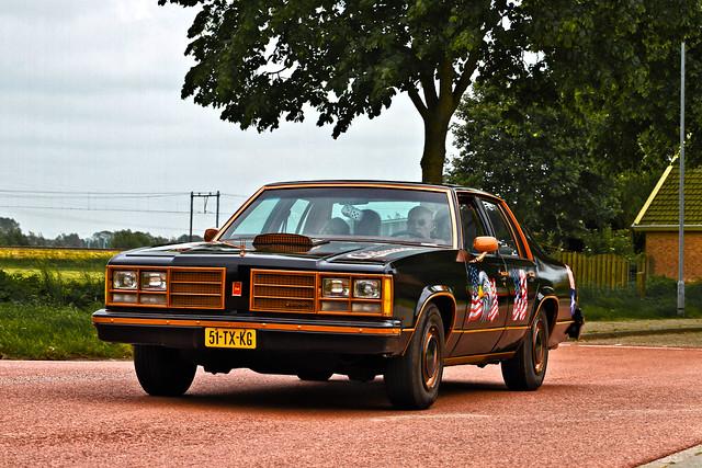 Oldsmobile Delta 88 Sedan 1978 (3677)