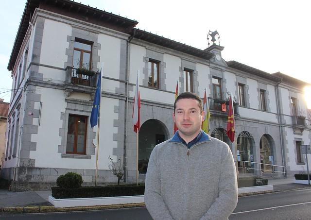 César García_Alcalde Ramales_