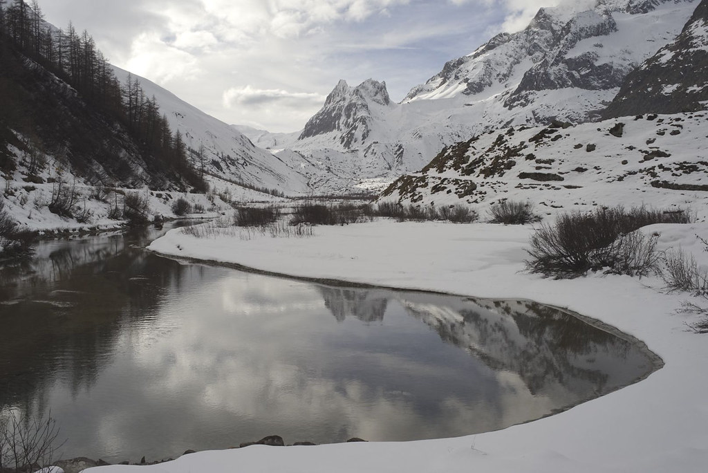 Combal Lake and Pyramides Calcaires (Mont Blanc zone)