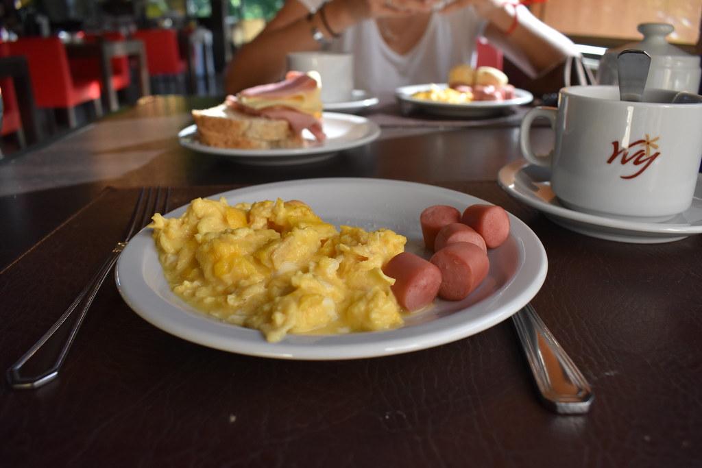 Desayuno - Hotel Yvy