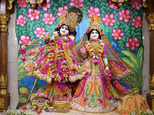 ISKCON London Deity Darshan 01 Jan 2020