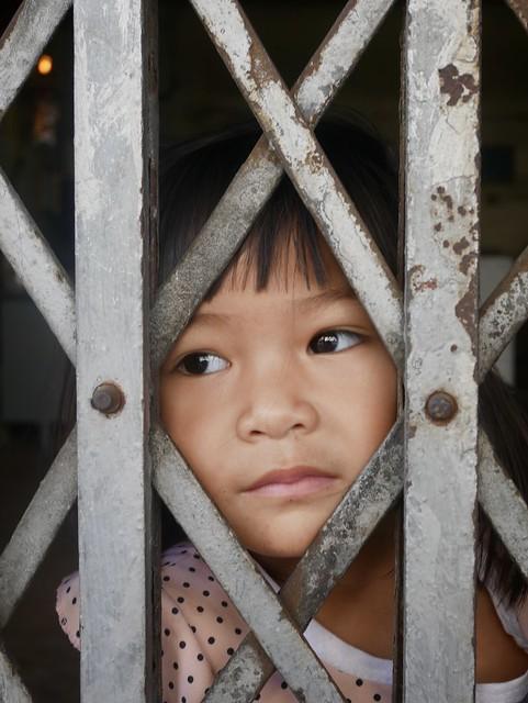 Peeping, Bangkok, January 2020