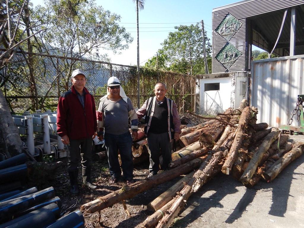 南投林管處依原住民族依生活慣俗採取森林產物規則提供疏伐木給信義鄉達瑪巒部落使用,成為中部地區首次依此規則核准案例