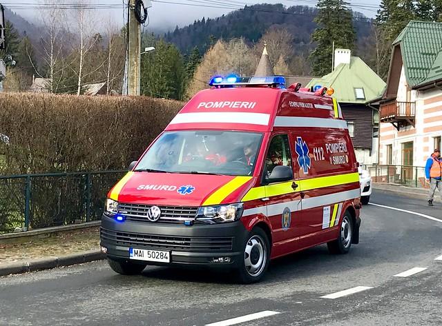Pompierii SMURD.