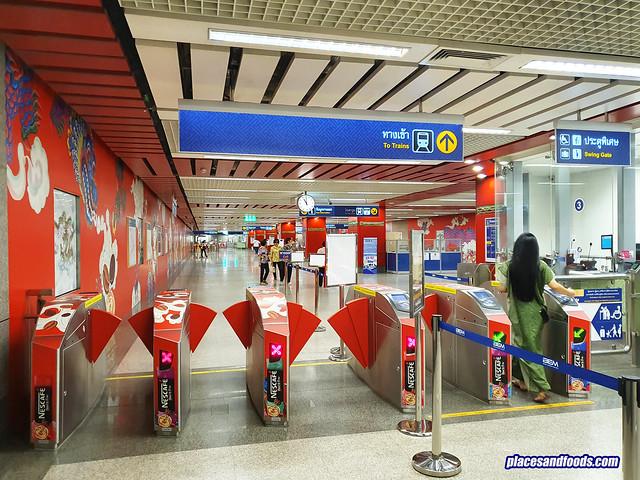 bangkok chinatown wat mangkon station design