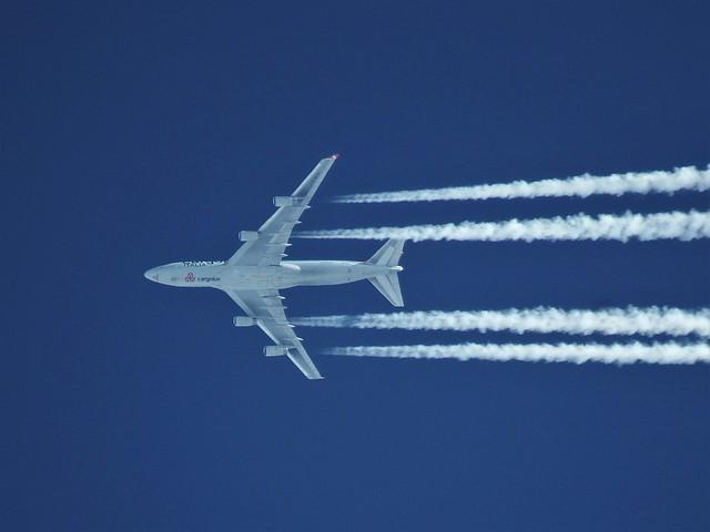 Cargolux Italia Boeing B-747-R7F  LX-LCV Praz sur Arly (74 haute-Savoie) 31-12-19a