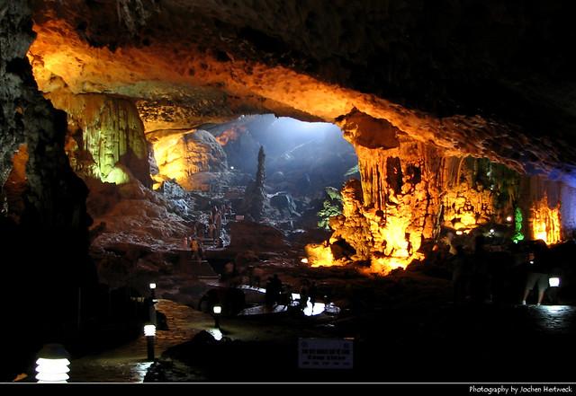 Sung Sot Cave, Halong Bay, Vietnam