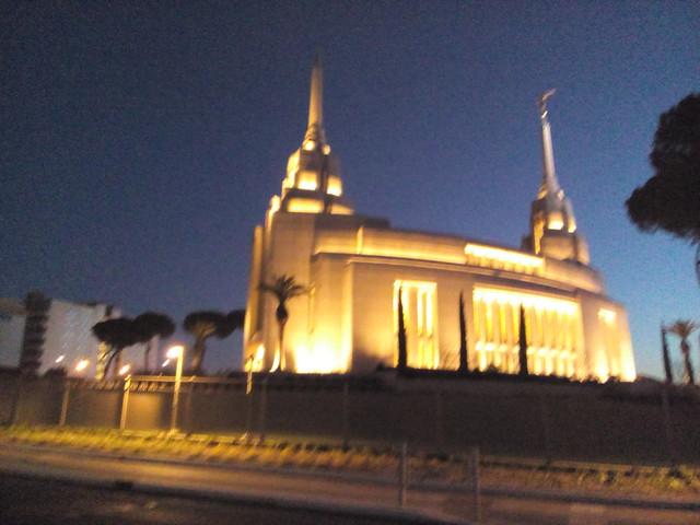 chiesa mormone di roma all'alba