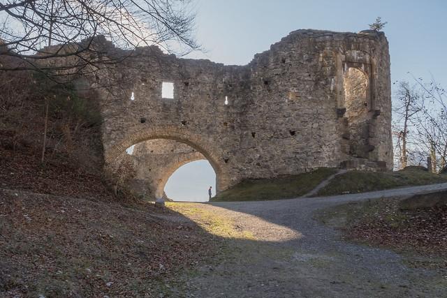 Burgruine Thaur/Linnanrauniot