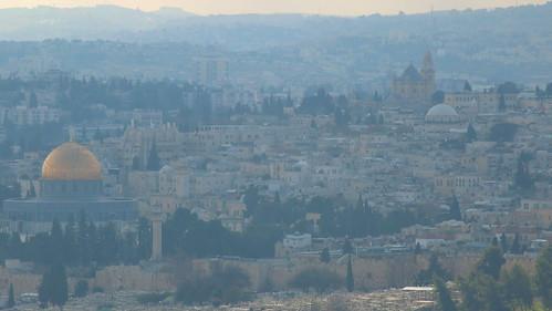 israel jerusalem mtscopus hebrewuniversity bus34 view aussicht altstadt oldcity templemount zionskirche