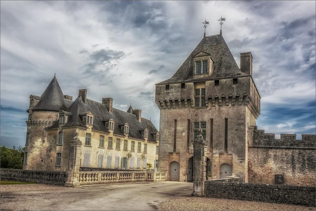 France, Saint-Porchaire #0002