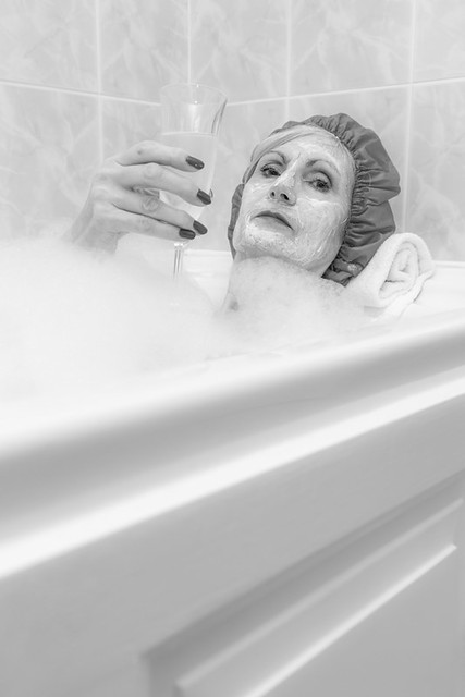 Gloria loves bubbles...