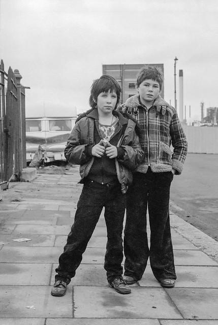 Traveller children, North Woolwich, 1981