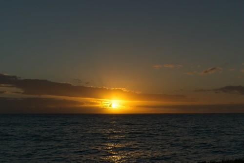 sony a6400 1650 sky sea clouds water hawaii oahu waimanalo bellowsafs sunrise