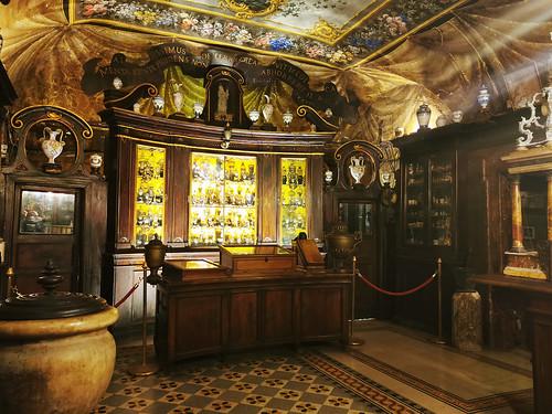 Antica farmacia di Santa Maria della Scala