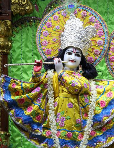 ISKCON Juhu Mangal Deity Darshan on 3rd Jan 2020