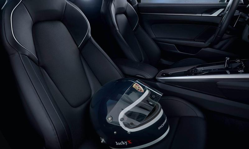2020-Porsche-911-Carrera-4S-Belgian-Legend-Edition-5