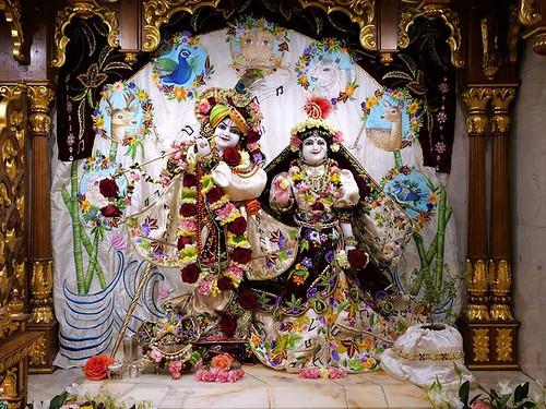 ISKCON London Deity Darshan 03 Jan 2020