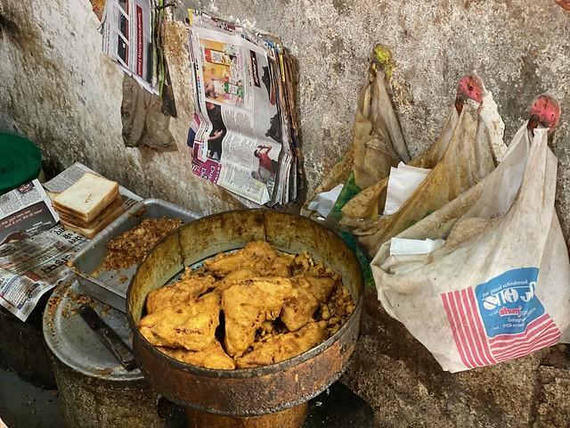 City Food - Bread Pakora, Sadar Bazar, Gurgaon