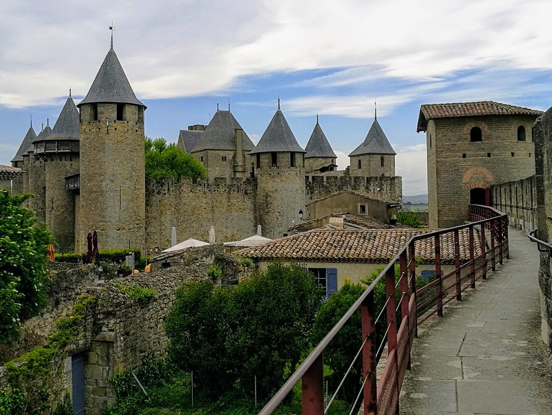 carcassonne linnoitus muurit