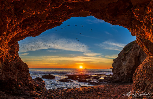 cave seacave shellbeach sunset ocean birds centralcoast california getty gettyimages mimiditchie mimiditchiephotography