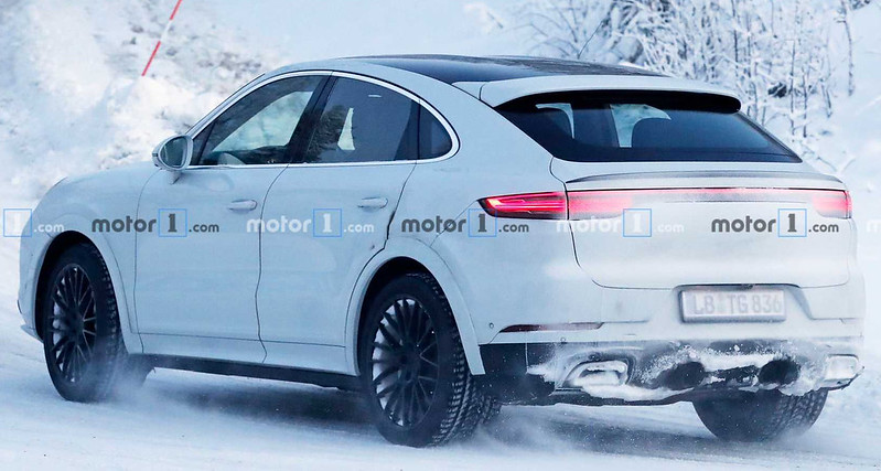 porsche-cayenne-coupe-gt-spy-photos (4)