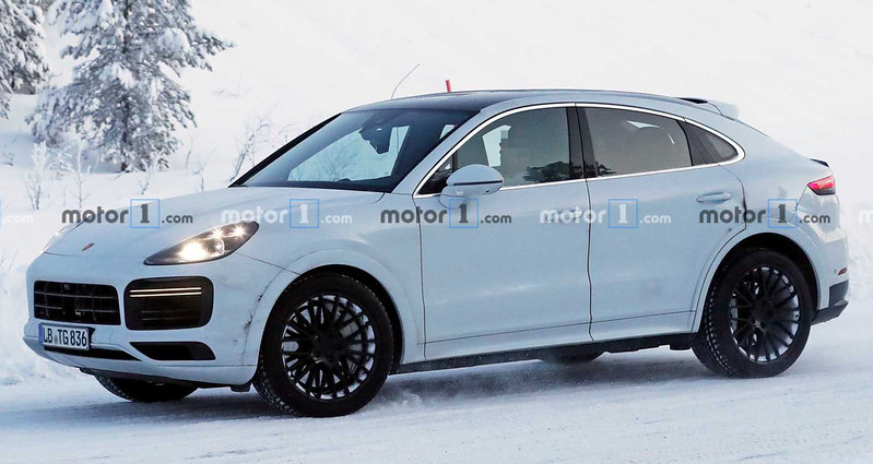 porsche-cayenne-coupe-gt-spy-photos (1)