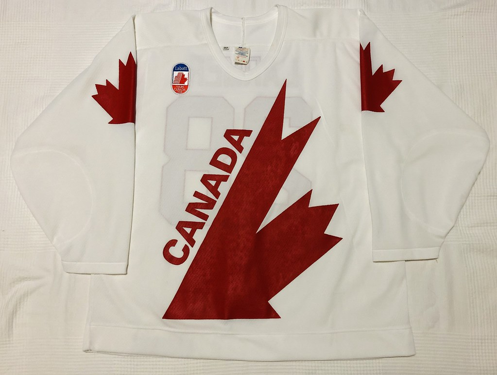 1991 Steve Larmer Canada Cup Team Canada Jersey Front