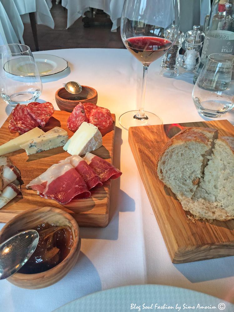 E depois almoçar no restaurante Il Poggio Rosso com uma entradinha dessas deliciosa