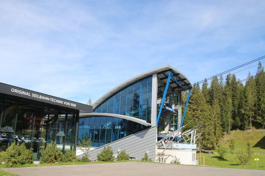 ropeway valley station Zugspitze Austrian