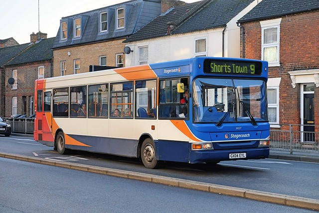 Stagecoach Cambus Transbus Pointer Dart SLF 34537 GX04EYL on Route 9 in Bedford