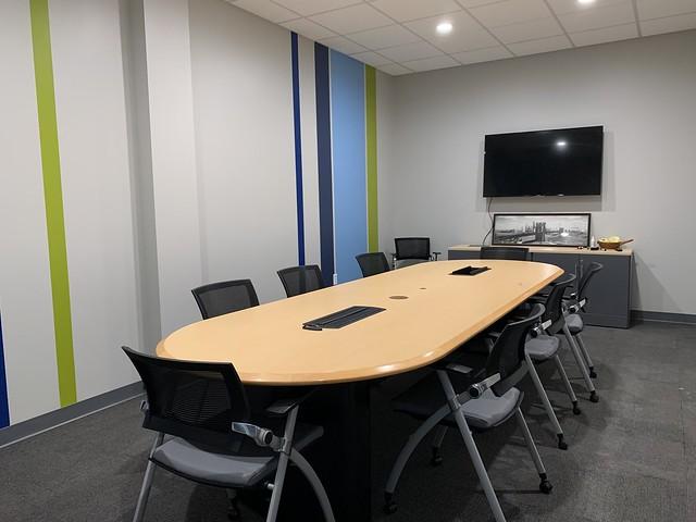 meetingroom-nolight